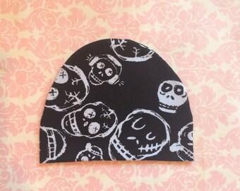 Baby boy hat - Newborn skull beanie/ Newborn hospital beanie