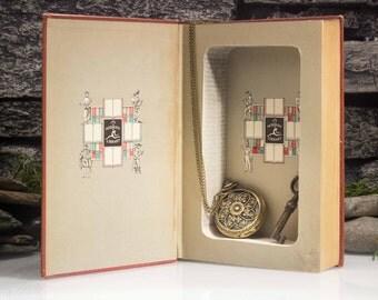 Hollow Book Safe - Vintage (1946) - Ulysses - James Joyce - Magnetic Closure