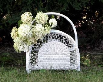 Vintage White Wicker Rattan Magazine Rack Wedding Decor Porch Flower Plant Basket Beach Cottage