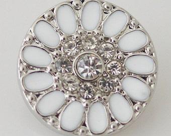 1 PC 18MM White Flower Enamel Rhinestone Silver Snap Candy Charm kb8047 CC0862