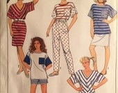 eco friendly 80s vintage printed sewing pattern//misses knit active wear//shorts pants skirt top by Simplicity--size small