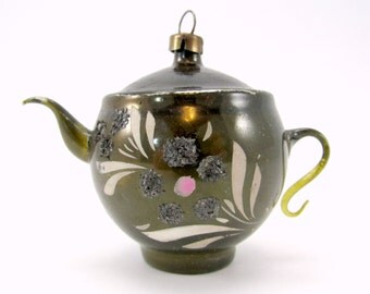 Green Vintage Glass Figural Teapot Christmas Holiday Ornament