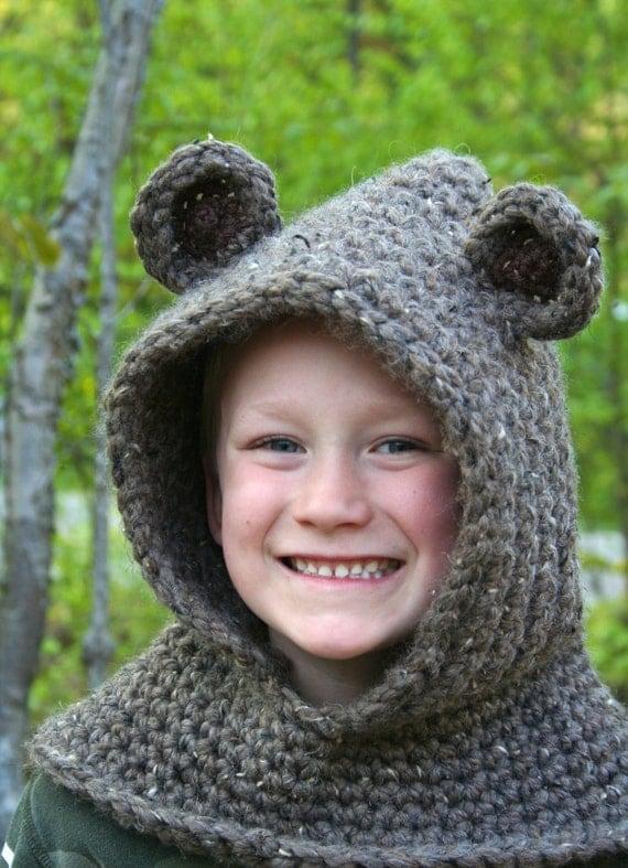 Free Crochet Pattern Bear Hood : Items similar to Bear Hooded Cowl PATTERN - CROCHET ...