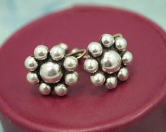 """Vintage Silver Earrings - Screw Back - Shiny Silver Flowers - Silver Plated Metal - Non-Pierced Screw Back Earrings - 5/8"""" Across"""