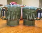 Pair of green 1970s coffee mugs - Made in Japan