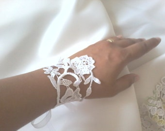 Wedding Jewelry Cuff Accessories Bridal Bracelet Cuff Bracelet flower girl gifts lariat jewelry bridesmaid gifts Bridal accessories