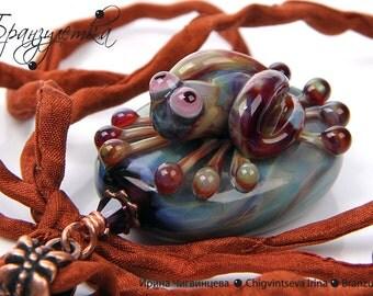 Frog Gentle - pendant Lampwork artisan glass beads copper silk ribbon