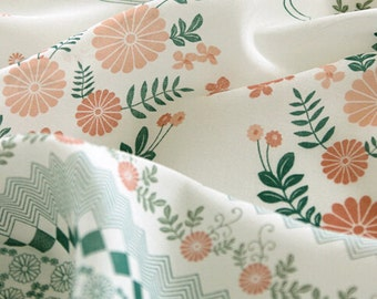 Small Flower Cotton Linen Fabric, White Linen With Nice Daisy Orange Green Flower Border - 1/2 Yard