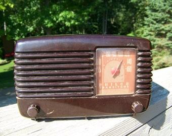 Antique Philco Radio Bakelite Tube Radio. Philco Transitone Radio. Photography Props. Antique Tube Radio. Brown Radio. Antique Radio.