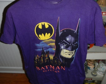 Minty Purple Batman Returns Tshirt Medium