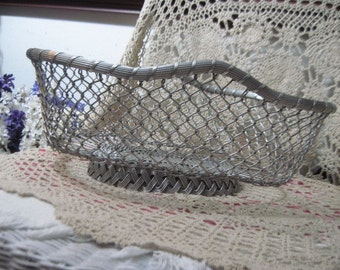 Bigger Wire Basket / Great Fruit Basket  / 18 Inches Long , 8 inches Tall ,12 Inches  :)