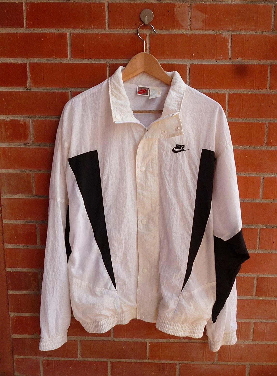 Vintage Nike Swoosh Grey Tag White Black Windbreaker