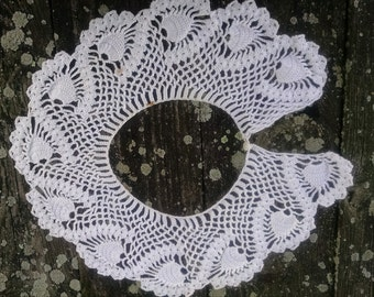 Hand Crocheted Collar,  Pineapple Pattern