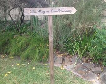 Rustic wedding sign arrow