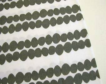 Modern print cotton, Lotta Jansdotter, Bella, quilting cotton, black and white