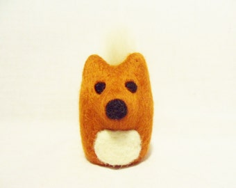 Needle Felted Fox -  miniature red fox figure - 100% merino wool - needle felt fox - wool felt fox - needle felted animal