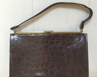 SALE! 1950s Alligator Pocketbook Vintage Handbag