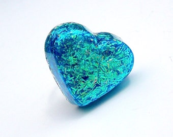 Metallic Turquoise Blue Heart Ring, Glitter Resin Heart Ring, Funky Jewelry, Novelty Ring, Glitter Resin Jewelry, Funky Cocktail Ring
