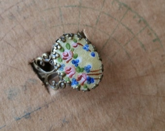SALE ring with vintage enamel