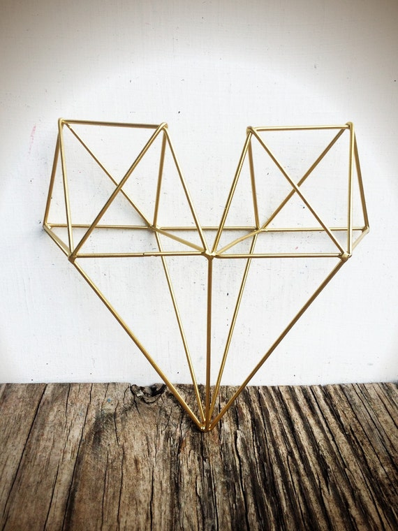 Bold 3d geometric metal heart wall art metallic gold leaf Painting geometric patterns on walls
