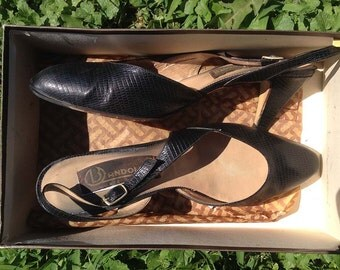 "Vintage shoes | 1980s black leather Bandolino ""Sally"" slingback heels"