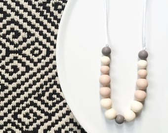 Bunny Tones Teething Necklace - Neutral