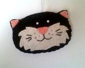 Smiling cat ornament - black cat - handmande felt ornaments - Christmas/Housewarming home decor - Baby shower - Christmas ornament