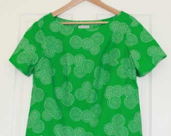 Green blouse with short sleeves Size UK14