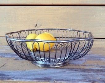 Vintage Silver Plate Wire Bread / Fruit Basket