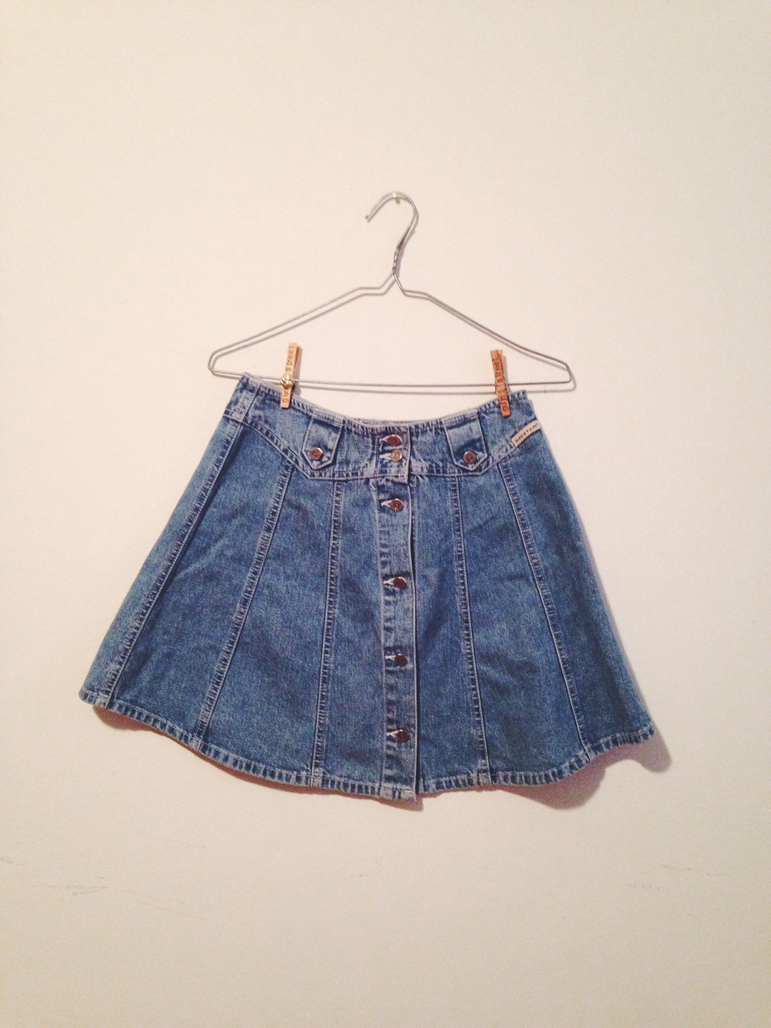 90s denim button up skirt flared 70s style small by gunstreet