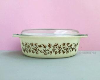 Pyrex 'Golden Casserole' #045 oval casserole dish with lid (c. 1959)
