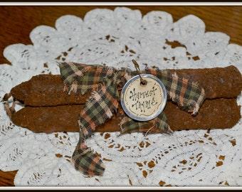 Primitive Grungy candle, handmade, Harvest thyme candle tucks, basket filler, primitive decoration