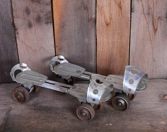 1950s Era Chicago Brand Metal Child's Shoe Adjustable Roller Skates