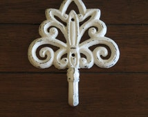 Decorative Wall Hook / Shabby Chic Wall Hanger / Antique White or Pick Color / Key Coat Hat Towel Robe Hanger / Necklace Belt Scarf Holder
