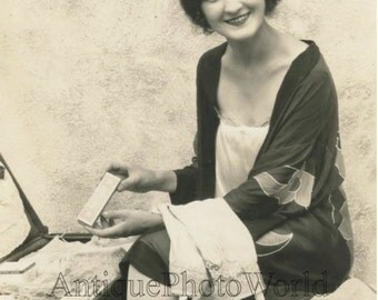 R Malcomson Miss America w Pepsodent toothpaste antique photo Armstrong Roberts