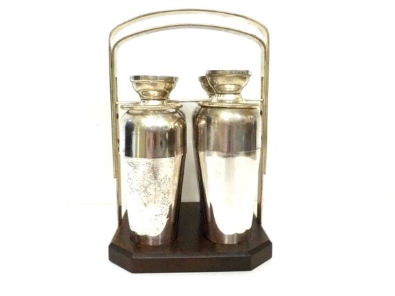 napier cocktail shakers set of 4 caddy drink dial lids