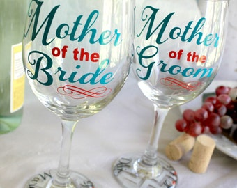 Wedding Party Wine Glass - Mother of the Bride Wine Glass - Bridal Party Wine Glasses - Mother of the Bride Gift - MOB - MOG - Wedding Favor