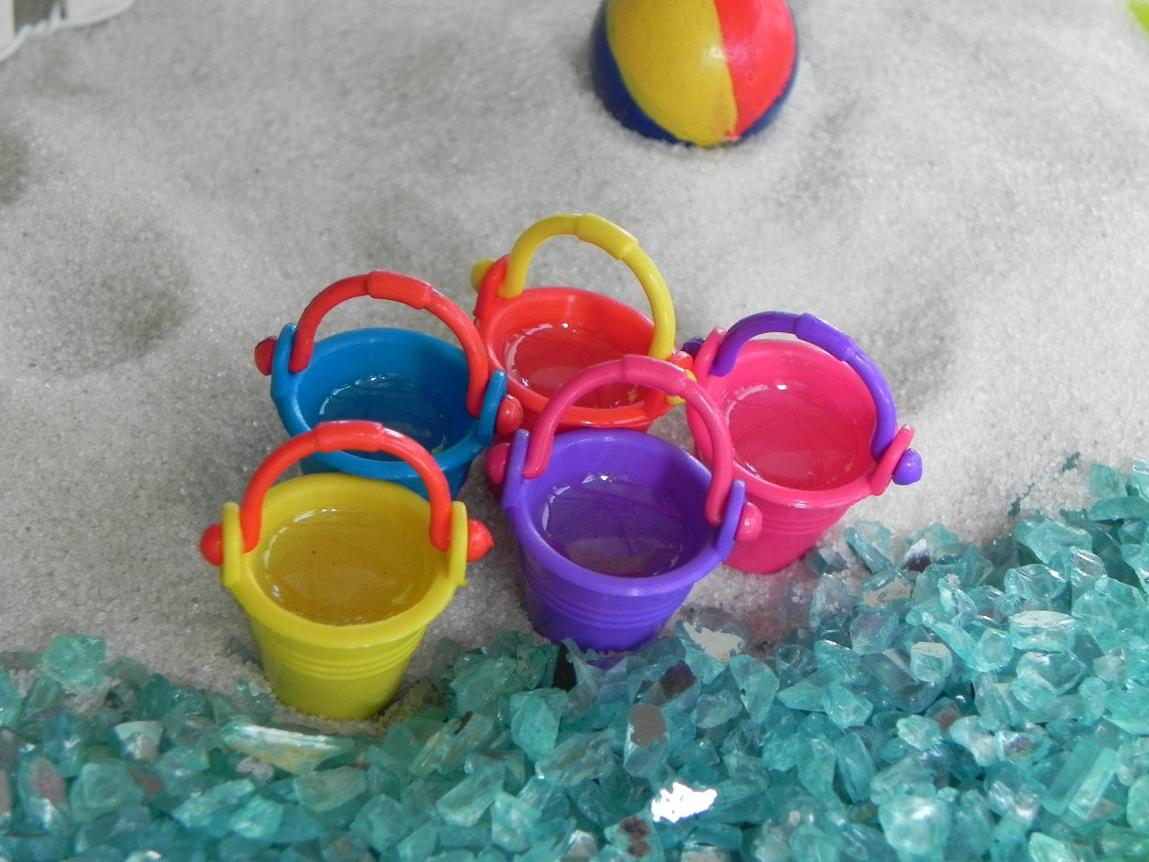 Gnome Garden: ONE Miniature Bucket Beach Pail Artificial Water Fairy Garden
