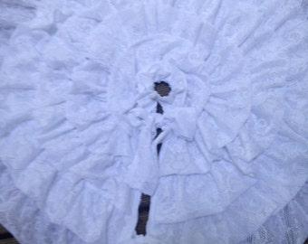 ruffled tree skirt