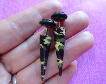 Camouflage fake plug spike earring
