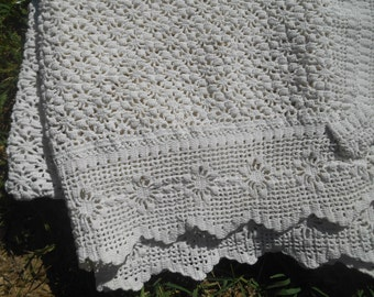 Victorian White Hand Crochet Lace Tablecloth French Cotton Tablecloth