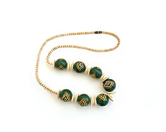 African Necklace / Wood Shell Neckalce / Green Necklace / Handpainted  Jewelry Necklaces Beaded / Vintage Jewelry Necklaces