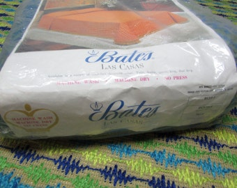 SEALED Bates Las Casas. Double. Full Size Bedspread. Green and Blue with Fringe. NOS. New Old Stock. 1970s. Mad Men