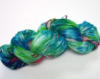 Hand dyed superwash merino dk weight 300 yds.