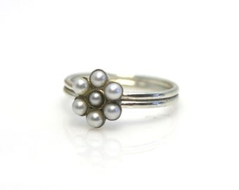 silver rings. silver jewelry. Sterling Silver Ring. Silver Ring. silver and pearl ring. Pearl RIng. Pearl Jewelry. White Pearl.Gift for Her
