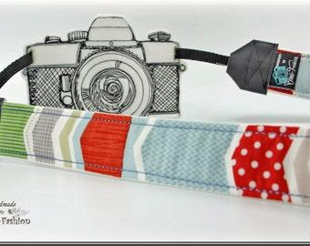 Camera strap, DSLR, white with colorful stripes