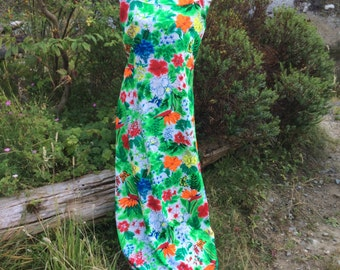 Hawaiian print summer 70's maxi dress