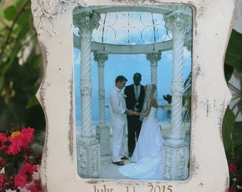 1 - Picture frame / 4 x 6 frames /  distressed frames / wood frames / personalized frames / personalized gifts / wedding gifts