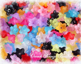 Frosted Lucite Acrylic . Flower Beads . 100 for you .10 x 4mm . Mix