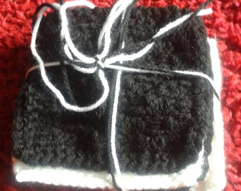 Knitted Coasters, handmade coasters, pack of 4, black and white coasters